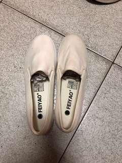 🚚 白 包鞋尺寸:40/25