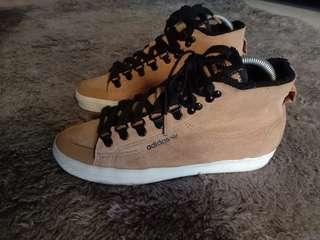 Adidas honey hook W