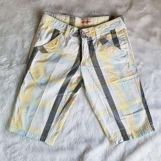 Penshoppe Blue White Yellow Gray Tokong Khaki 3/4 Pants