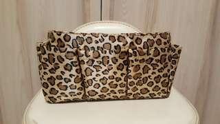 🚚 豹紋置物盒
