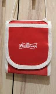 Budweiser護照包