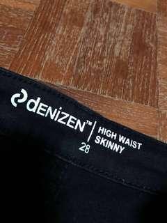 🚚 Denizen black high waist skinny jeans size 28 / W28