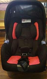 🚚 Recaro Privia infant baby Car Seat