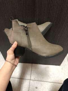 🚚 高筒 靴