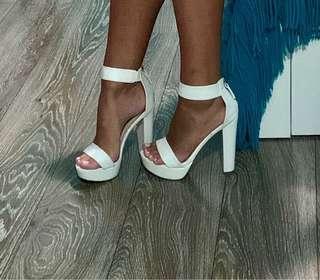 Lipstik White Block Heels size 8.5
