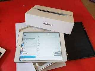 Ipad mini 2 wifi 32gb white ZP 行貨