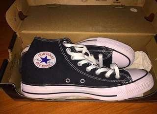 ORIGINAL Black converse for men / women