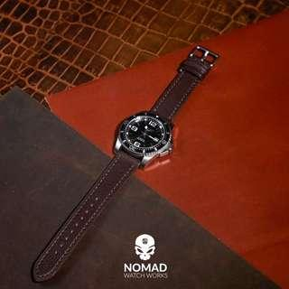 🚚 Emery Chevre Leather Strap in Brown (available in 20 and 22mm)