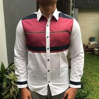 NYX Jeans Inc Blue-Red In White Shirt (Size S slimfit)
