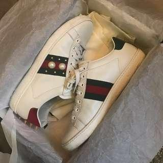 Gucci sneakers pearl