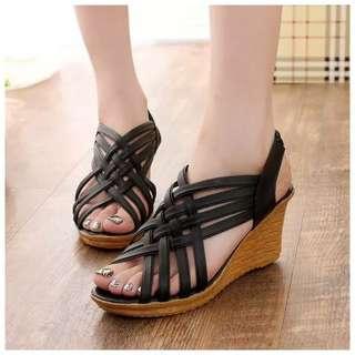 Fashionable High Heels / Stripes / Women Sandal Sandles / Slipper / Kasut tinggi