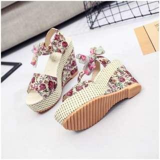 Elegant Floral High Heel / Flowerpiece Shoe / Sandal / Kasut Tinggi / Tie lace