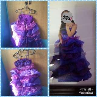 Gown (purple/violet)