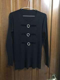 黑色 圓領 長袖上衣 毛衣 針織衫 長版 大尺碼 蝴蝶結 水鑽釦環