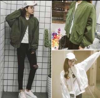 🚚 INSTOCK Minimalist basic streetwear army green Bomber Jacket / Outerwear / Sweater