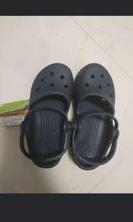 🚚 Crocs c10