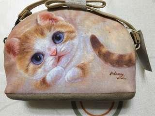 🚚 亨利屋石頭貓斜肩背包