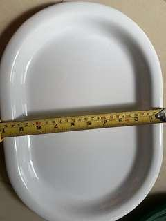Oval serving plates