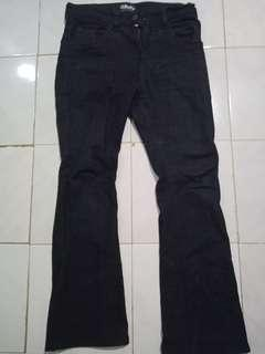 Jeans Cutbray.ID Size 32
