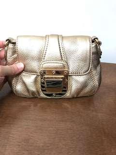 🚚 MK側背小包+手拿包