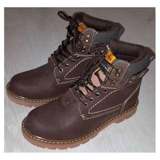 Winter Insulated boots size EU 39