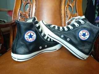 Sepatu Converse Chuck taylor HI size 36,5