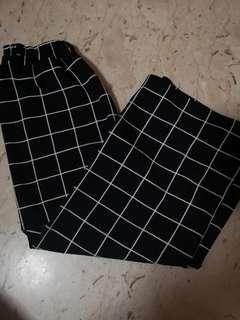 Uzzlang Black gird culottes
