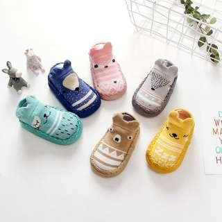Sepatu Bayi Prewalker Kaos Kaki Anak Import