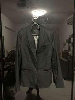 🚚 GUESS womens blazer