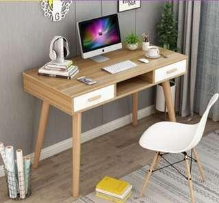 🚚 Study Table / Cosmetic Table