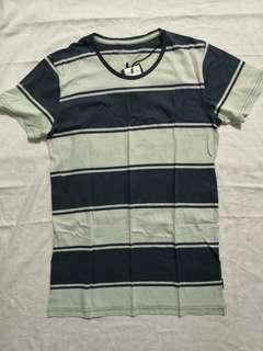 BNWT Cotton On Daryl Washed Navy / Dirty White T Shirt
