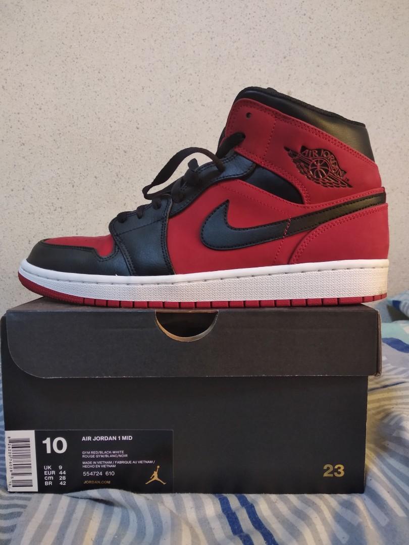 pretty nice ccf0e 1e318 Air Jordan 1 Bred MID, Men s Fashion, Footwear, Sneakers on Carousell