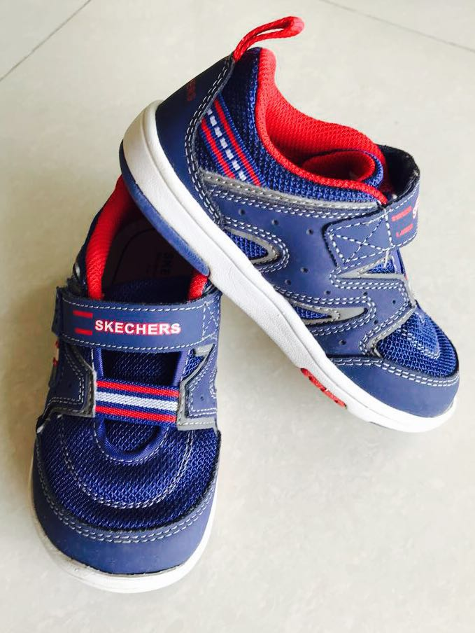 3177907b855b Skechers Boy s shoes (gently worn)
