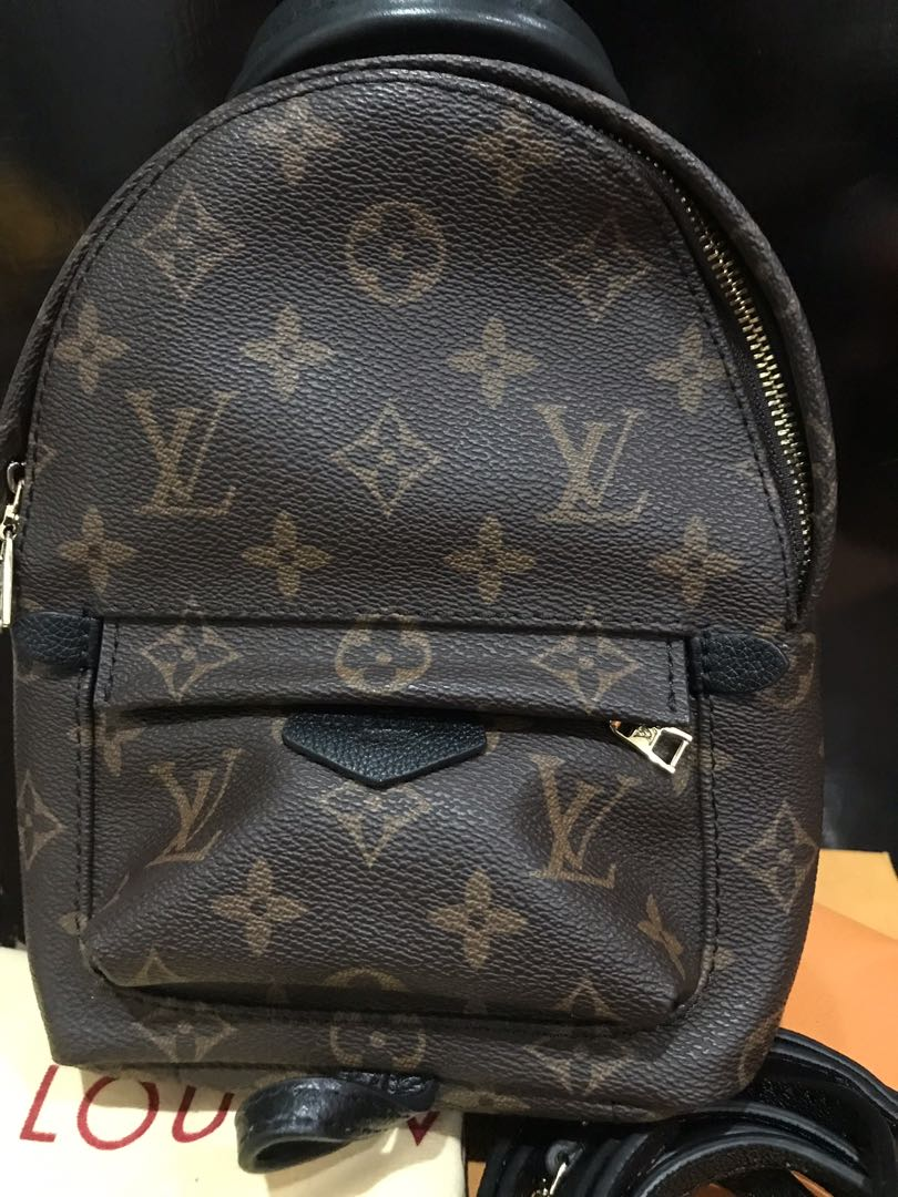 a7da5161a570 SUPERSALE! Louis Vuitton LV palm springs mini complete