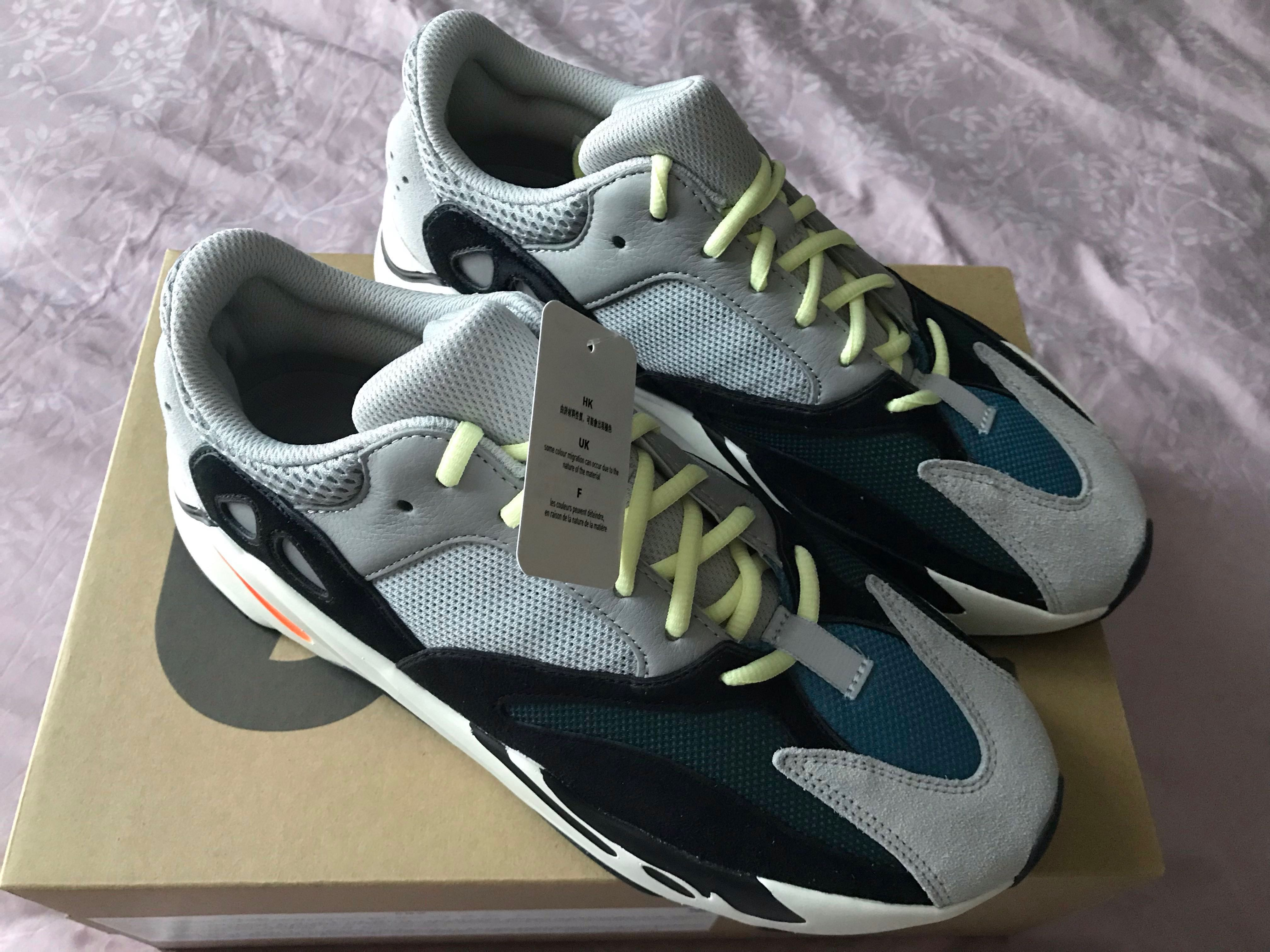 promo code 09e2e 7cafe Yeezy Wave Runner 700 (US 11), Men's Fashion, Footwear ...