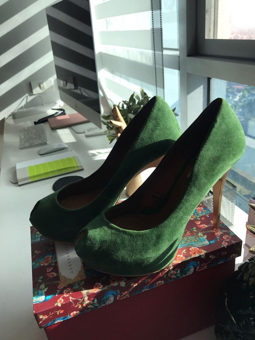 e918a707098 Zara Green Peeptoe Heels