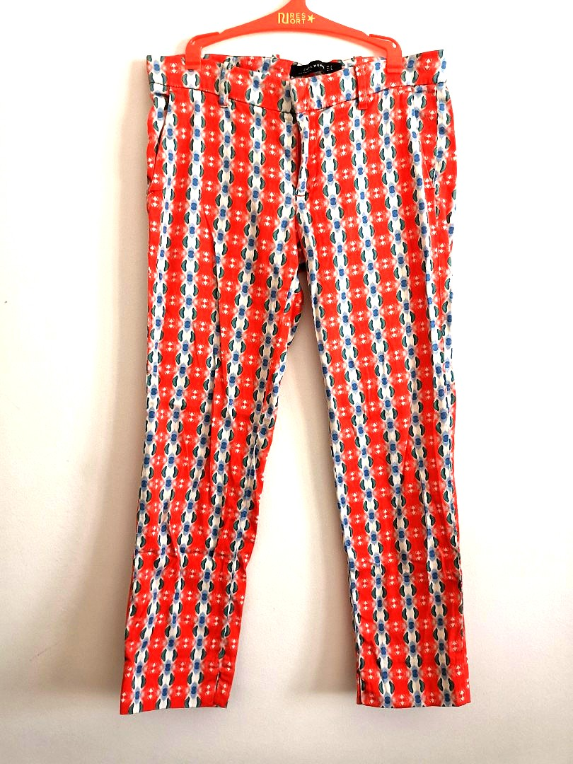 c2f4960d7 Zara printed pants, Women's Fashion, Clothes, Pants, Jeans & Shorts ...