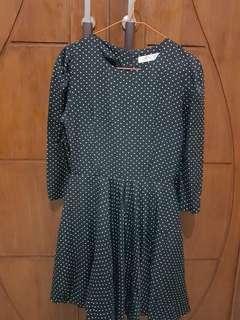 Dress Hitam Polkadot  / Polkadot Black Dress
