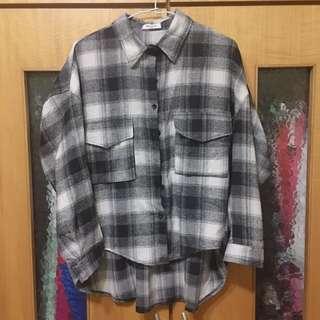 🚚 黑白格紋個性襯衫