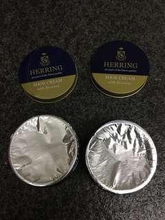 Herring Shoe cream with beeswax 50ml (Black)