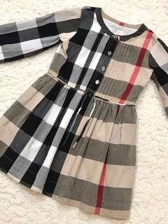 🚚 近全新! Burberry女童超經典格紋胸前精緻壓褶棉質洋裝(6Y)