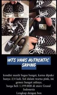 Vans auth saying original