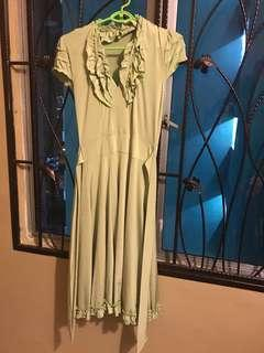 Green Ruched dress with ribbon