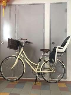 Linus MOLLY equipped with baby seat and basket