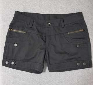 ☆ Best Buy at $5.00 Only ☆ Brand New Black Shorts ☆ Size L ☆