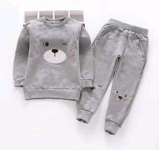 🚚 🌟PM for price🌟 🍀Girl Bear Printed Long Sleeves Top+Trousers 2pcs Set🍀
