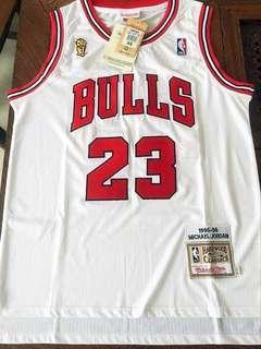 🚚 Chicago Bulls Jersey 1995 1996 NBA Finals
