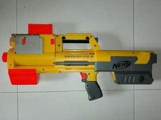 USED Nerf Deploy Blaster w 6-dart clip Yellow Hasbro TRU
