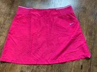 🚚 Nike women's tennis skirt