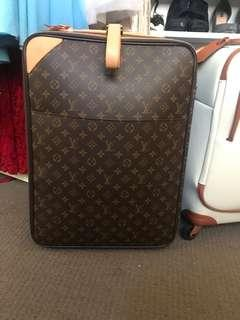 Louis Vuitton Pegas 45 in monogram canvas